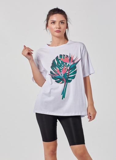 Coral Tişört Beyaz